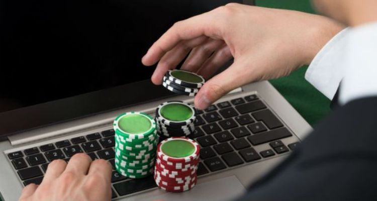 Online Poker Betting Strategies