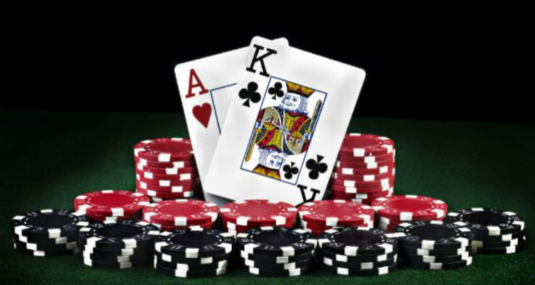 The Bewitching Charm of Multiplayer Online Poker